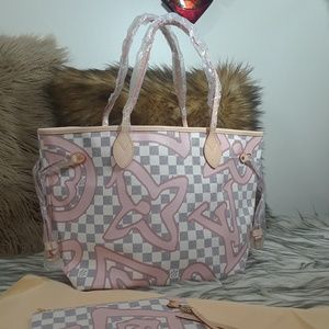Bags MM size 17 x 11 x 6